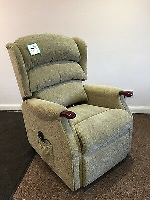 riser recliner lift and tilt FREE DELIVERY AND FITTING