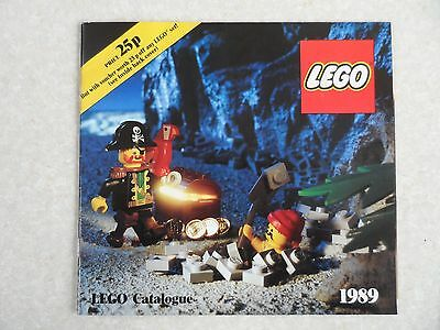 Lego Vintage Catalogues 1989 in Very Good Condition.