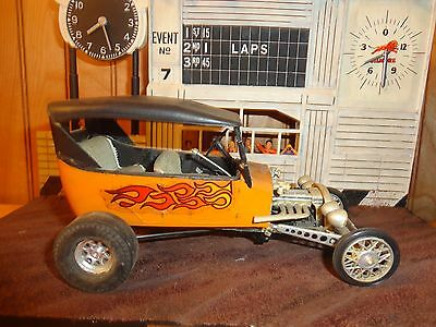 Revell AMT Early Model T Ford Bad Tub RARE Hot Rod Old 1/25 Built Model Diorama