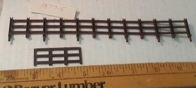 Lionel # 1877 fence parts new old part , sold as pictured,