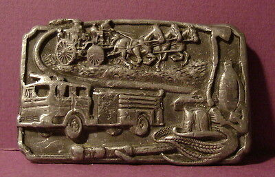 Vintage Fireman Firefighter Fire Truck 1985 Sishyou Belt Buckle