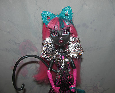 Monster High Boo York Catty Noir Doll - Stand, Accessories, Brush, Cat Ears
