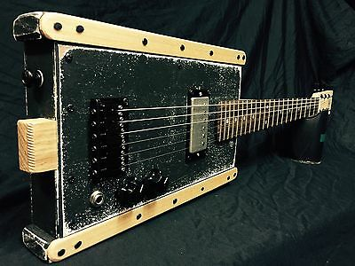 Buzz Box Premium Guitar - Six String