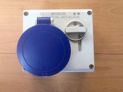 Scame 32A 250V 2 Pole + Earth Interlocked Switched Socket