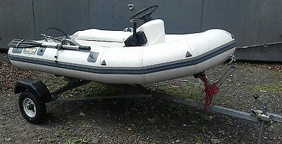 Avon 2.85m fishing boat Rib Centre console, steering and remotes for outboard