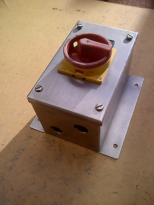Moeller, 25A, 3 Phase Isolator, in Stainless Steel Enclosure, IP65, Item 3.
