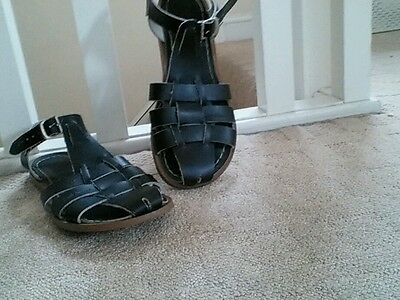 Saltwater shark sandals 5 black