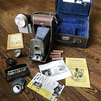 Vtg Polaroid Land Camera Model 95 with Carrying Case, Flash Attachment and More