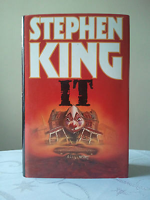 IT by Stephen King. Hardback. UK 1st/8th