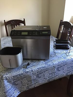Lakeland Bread Maker Plus, Which Best Buy, Full Working Order