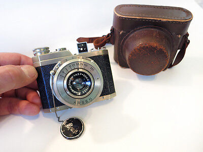 "Arsen ""Gelto"" Camera with Case"
