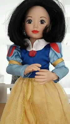 Zapf creations Snow White doll. Articulated jointed.