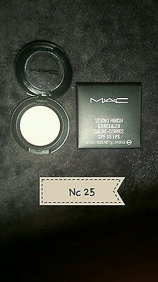 anti cernes studio finish concealer M.A.C nc 25