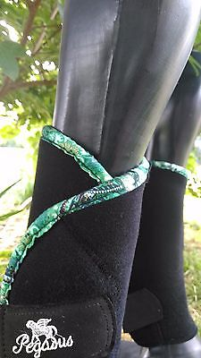Pegasus Airboots! Horse Boots Horse leg protection GREEN and GOLD