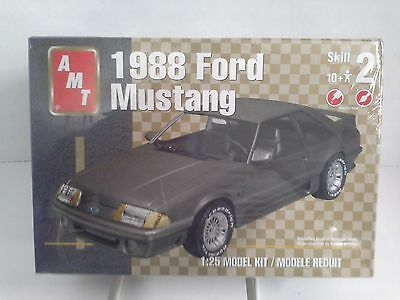 AMT 1988 FORD MUSTANG 1:25 Scale - Sealed