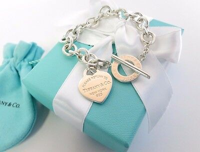 Return to Tiffany & Co Heart Toggle Sterling Silver Bracelet NEW VERSION
