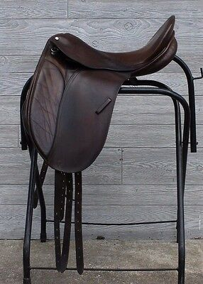County Saddlery Competitor Dressage 17.5 inches Saddle