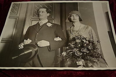 Original 1930's Fleet Street Photograph. Wedding in Westminster