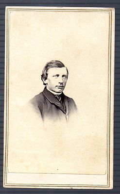 Civil War Era CDV Photo of Clean Cut Man by F Forshaw of Hudson NY Tax Stamp