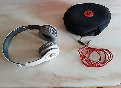 Genuine Beats by Dr. Dre / Monster Solo HD On Ear Headphones - White