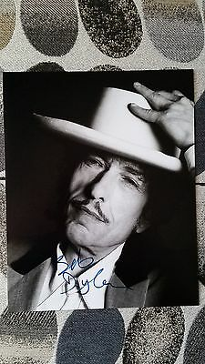 Bob Dylan Original Hand Signed Autograph 8 x 10 Photo with COA