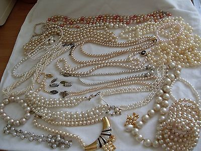 JOB LOT OF FAUX PEARL COSTUME JEWELLERY FOR SPARES/REPAIRS/CRAFTS,750g