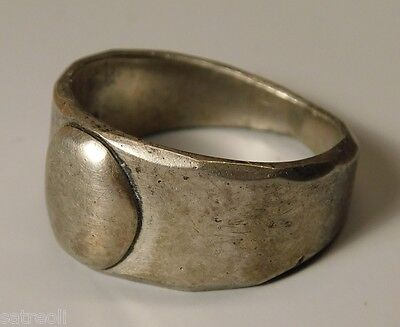 Ancient fine silver ring.