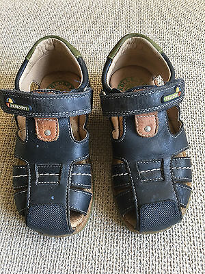 PABLOSKY Boys Navy Blue Leather Closed Toe Sandals Made in Spain