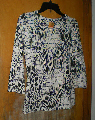 Ruby Rd. Black & White Print Top Size Small w/ 3/4 Length Sleeves