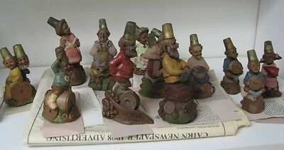 Lot of (14) TOM CLARK Collectible Figurines Gnomes Cairn Thimbles & Publications