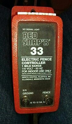 Red SNAP'R Electric Fence Charger, works great Snapr controller lectric