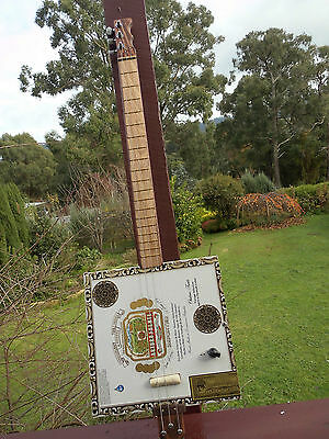 Cigar Box Guitar handcrafted by Jandyb with Free post