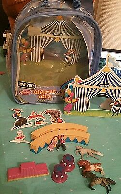 BREYER MINI WHINNIES CIRCUS CITY PLAY SET HORSES HTF 300130 Backpack