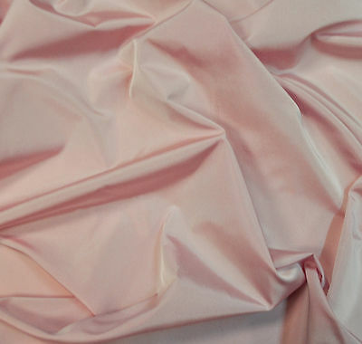 Thick taffeta italian plain fabric, pink color. Price for 1m. Made in Italy