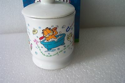 "Garfield 5"" Ceramic Porcelin  Bathroom Item Holder by Westland In Box Never Used"