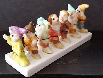 China Disney's Seven Dwarfs Toast Rack
