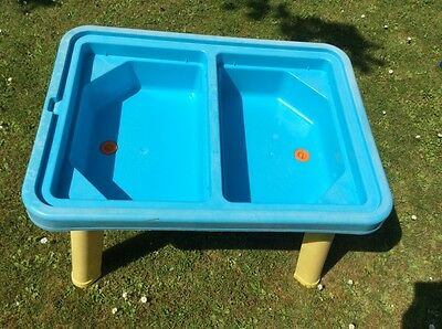 chad valley Lidded sand And Water table with extras