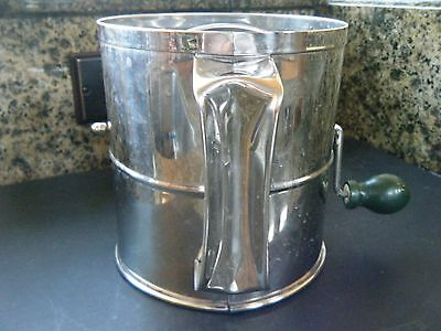Halcoware commercial stainless 8 cup sifter, excellent condition