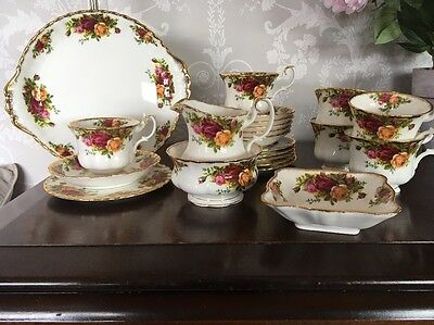 royal albert old country roses 21 Piece Tea Set And Butter Dish