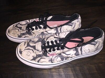 Women's Vans Tennis Shoes - Black & White Rose Print - Size 9