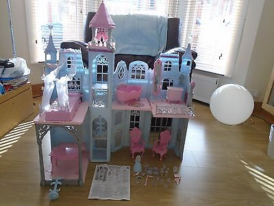 Disney Princess Cinderella Castle/Palace/House - Barbie - has bell ringing sound