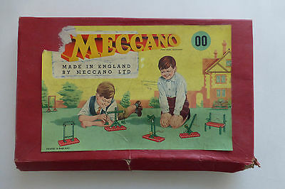 Vintage Meccano Set 00  with Instruction Booklet