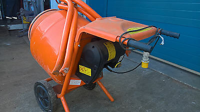 Belle Minimix 150 110V Electric cement concrete mixer W Yorks area - Nearly new!