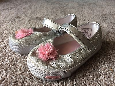 Stride Rite Size 4 M Toddler Girls Shoes Silver Glitter Sparkly Pink Bow Walking