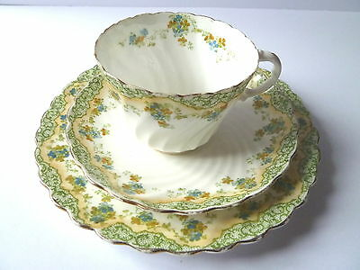 Aynsley Scalloped Rim Trio--Cup, Saucer, Side Plate