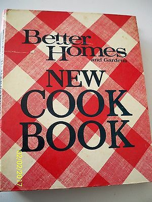 New Cook Book : 1970 Classic Edition by Better Homes and Gardens Books 3rd print
