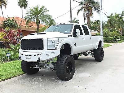 2011 Ford F-350 Lariat Immaculate 2011 Ford F-350 Super Duty - Custom Buil - Lifted - No Expense Spared