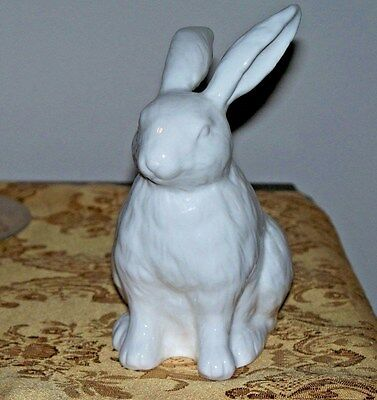 NWT NOS Martha Stewart Collection BUNNY White Rabbit Porcelain Figurine Statue