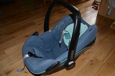 Maxi Cosi Pebble + Easy Fix Car Seat Base