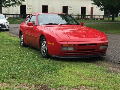 1987 Porsche 944 TURBO Porsche 944 Turbo - Fast! - Upgraded - Lindsey Racing!